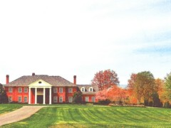 Special Events and Hospitality Come With a View at Sunset Crest Manor